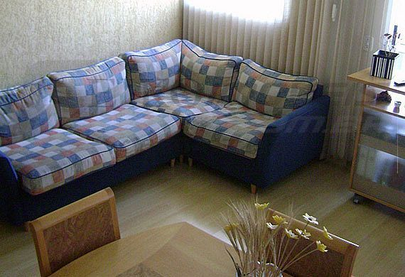 Sacomã, Cobertura Duplex - Sala quadrada com piso laminado