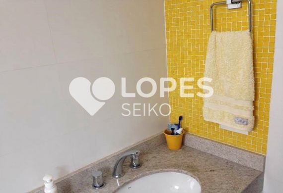 Apartamento 2 dormitórios na Avenida LEONARDO DA VINCI  Jabaquara  Seiko Im -> Pia Banheiro Amarela
