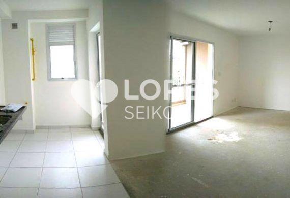 Saúde, Apartamento Padrão - Sala retangular com dois ambientes e cozinha americana com pia de granito