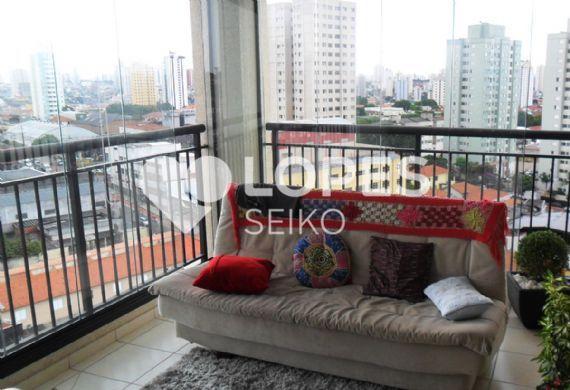 Sacomã, Apartamento Padrão - Varanda gourmet com piso de cerâmica, cortina de vidro e pia de granito.