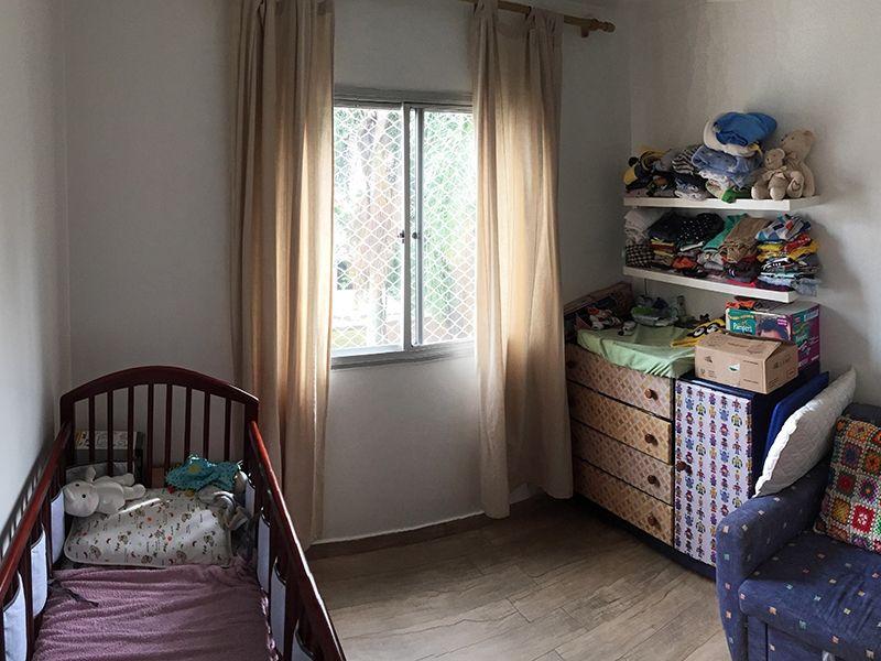 Jabaquara, Apartamento Padrão-Segundo dormitório com piso de madeira.