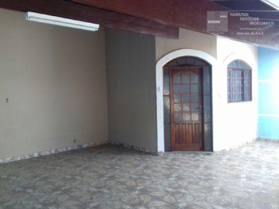 Casa à venda/aluguel, Campo Alegre, Pindamonhangaba