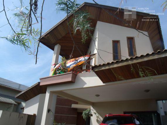 Casa à venda/aluguel, Condomínio Real Ville, Pindamonhangaba