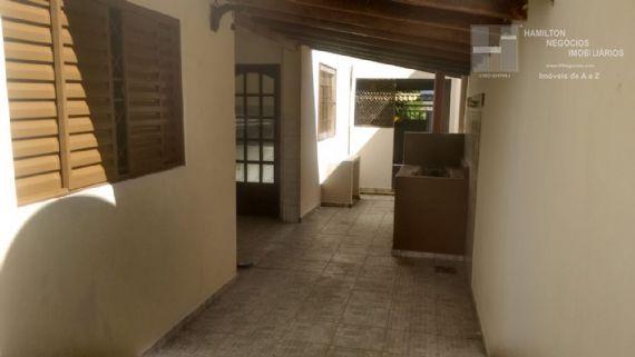 Casa à venda/aluguel, Vila Rica, Pindamonhangaba