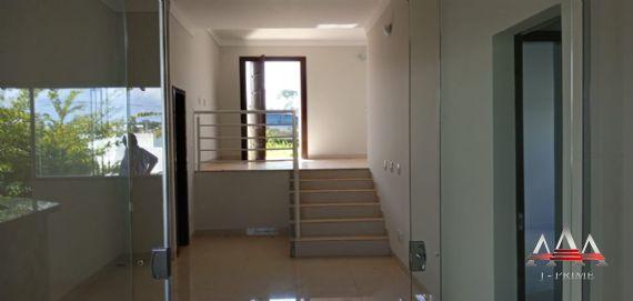 Casa Térrea (Condomínio)-Ribeirão do Lipa