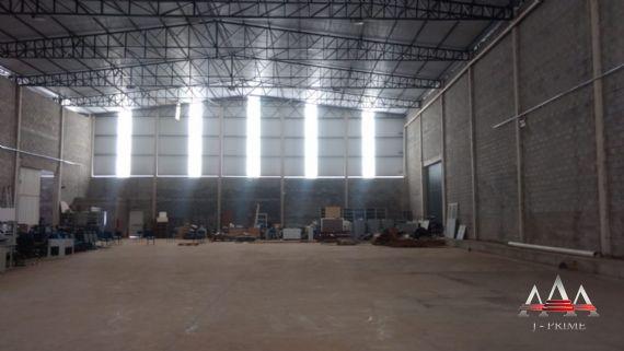 Galpão-Distrito Industrial