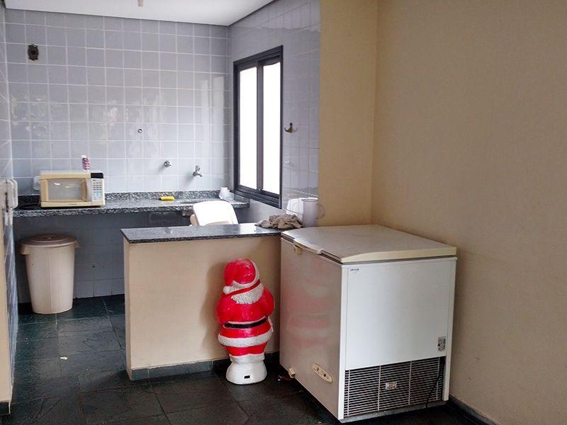 Ipiranga, Apartamento Padrão-Cozinha do salão de festa