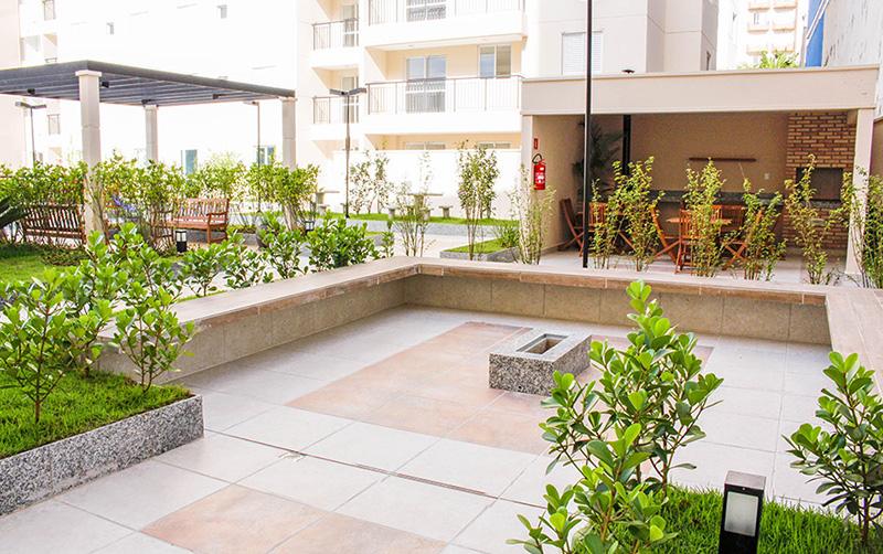 Jabaquara, Apartamento Padrão-Áreas Ajardinadas com Praças e Bancos
