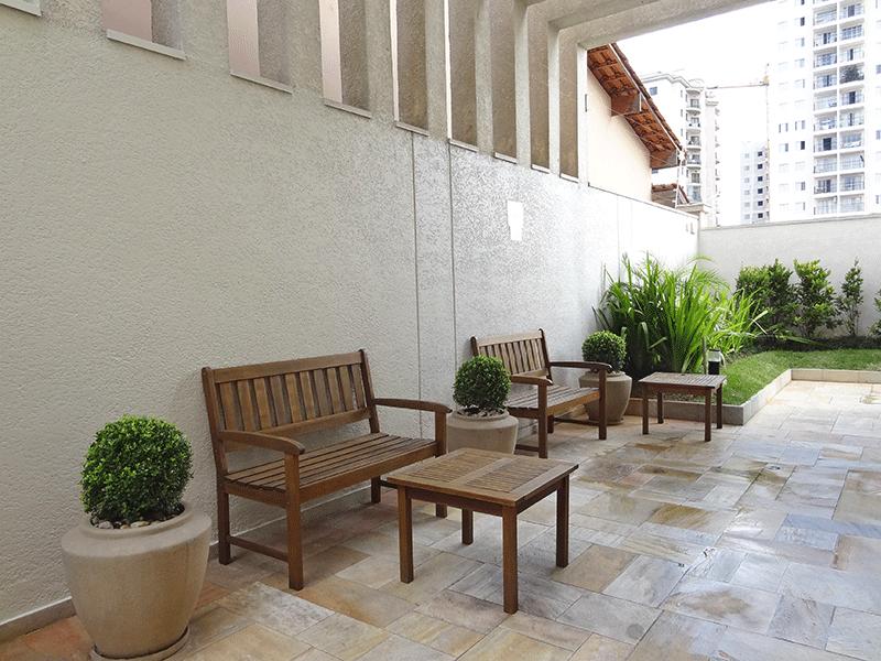Sacomã, Apartamento Padrão-Área externa com bancos