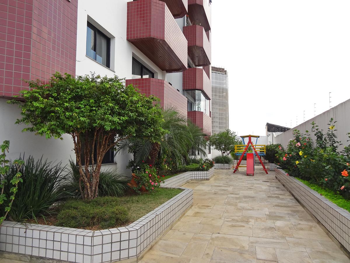 Ipiranga, Apartamento Padrão-Varanda integrada à área de serviço com armário planejado.