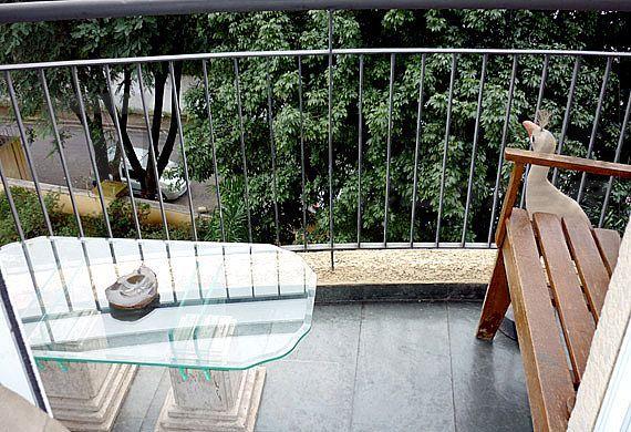 Sacomã, Apartamento Padrão-Varanda com gradil
