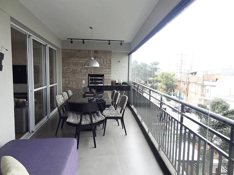 Ipiranga, Apartamento Padrão-Varanda gourmet com piso de porcelanato, pia de mármore, churrasqueira e envidraçada.
