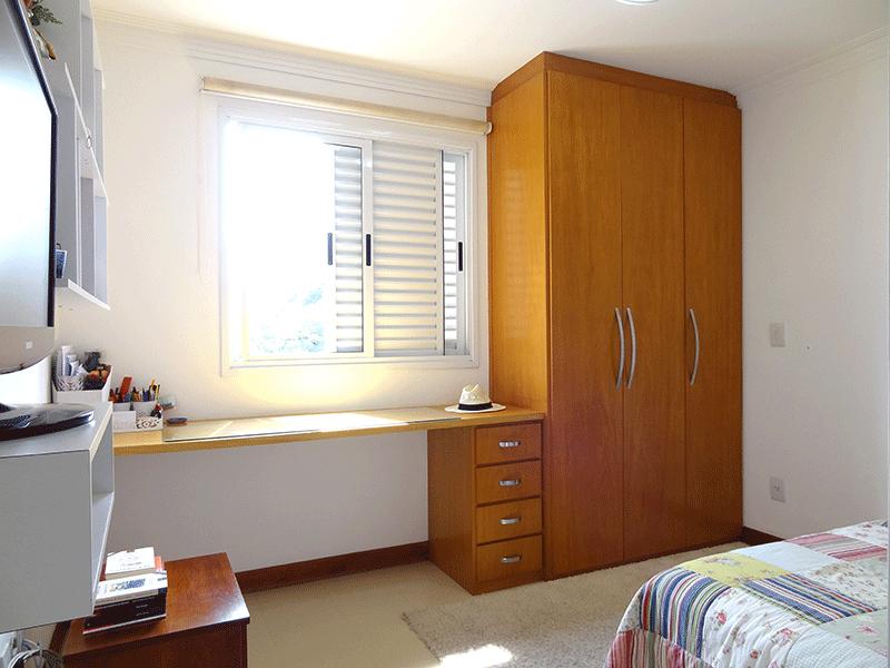 Ipiranga, Apartamento Padrão-2º suíte com piso de pavi flex, armários planejados e teto com moldura de gesso.