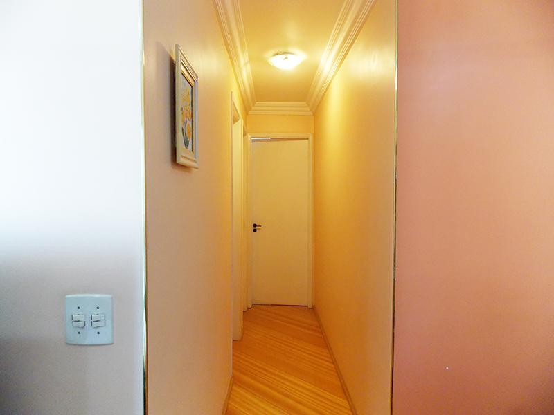 Jabaquara, Apartamento Padrão-Corredor com piso laminado.