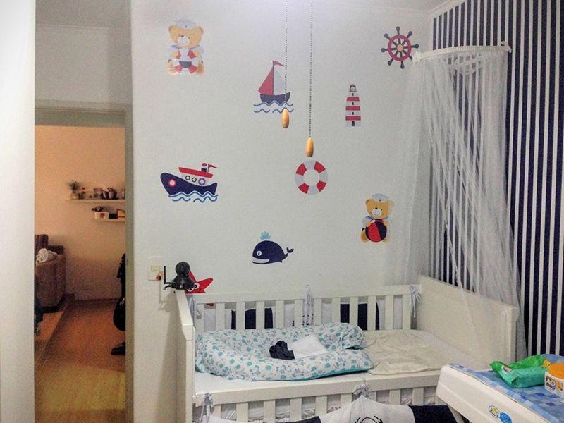 Sacomã, Apartamento Padrão-Segundo dormitório com piso laminado, teto com moldura de gesso e papel de parede.