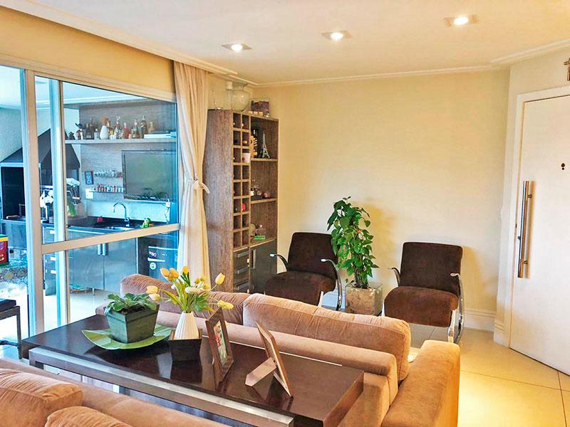 Jabaquara, Apartamento Padrão - Sala irregular com piso de porcelanato, teto com sanca de gesso, iluminação embutida e acesso a varanda gourmet.