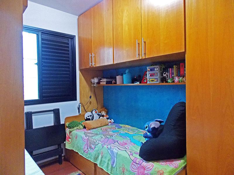 Jabaquara, Apartamento Padrão-2º Quarto com piso de tabua corrida e armários planejados.