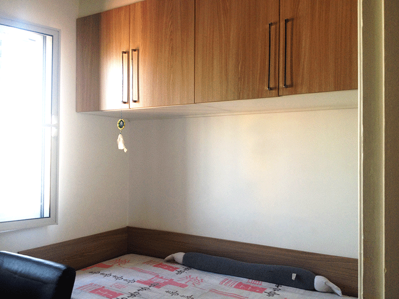 Sacomã, Apartamento Padrão-3º dormitório com piso de porcelanato e armários planejados.