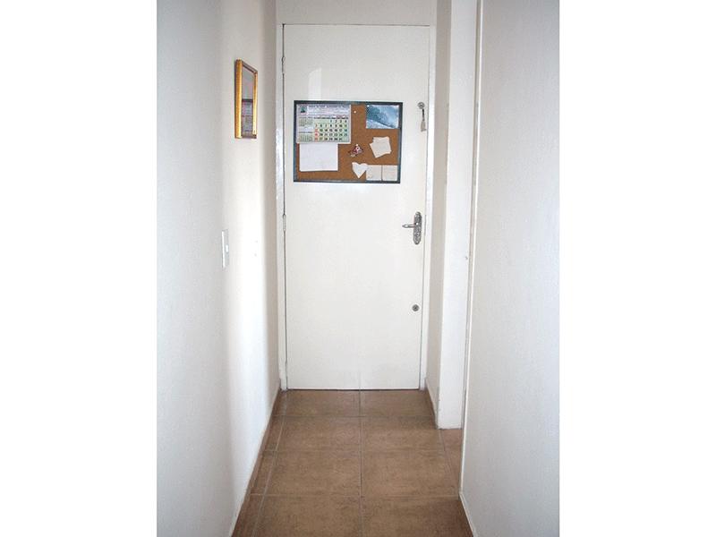 Jabaquara, Apartamento Padrão-Corredor com piso de cerâmica.