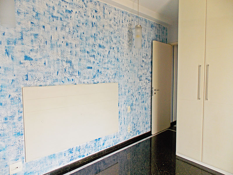 Ipiranga, Apartamento Padrão-1º suite com piso de granito, armários planejados com acesso a varanda.