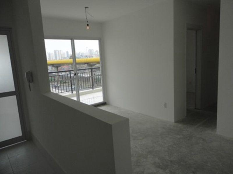 Ipiranga, Apartamento Padrão-Sala retangular com dois ambientes, no contra piso.