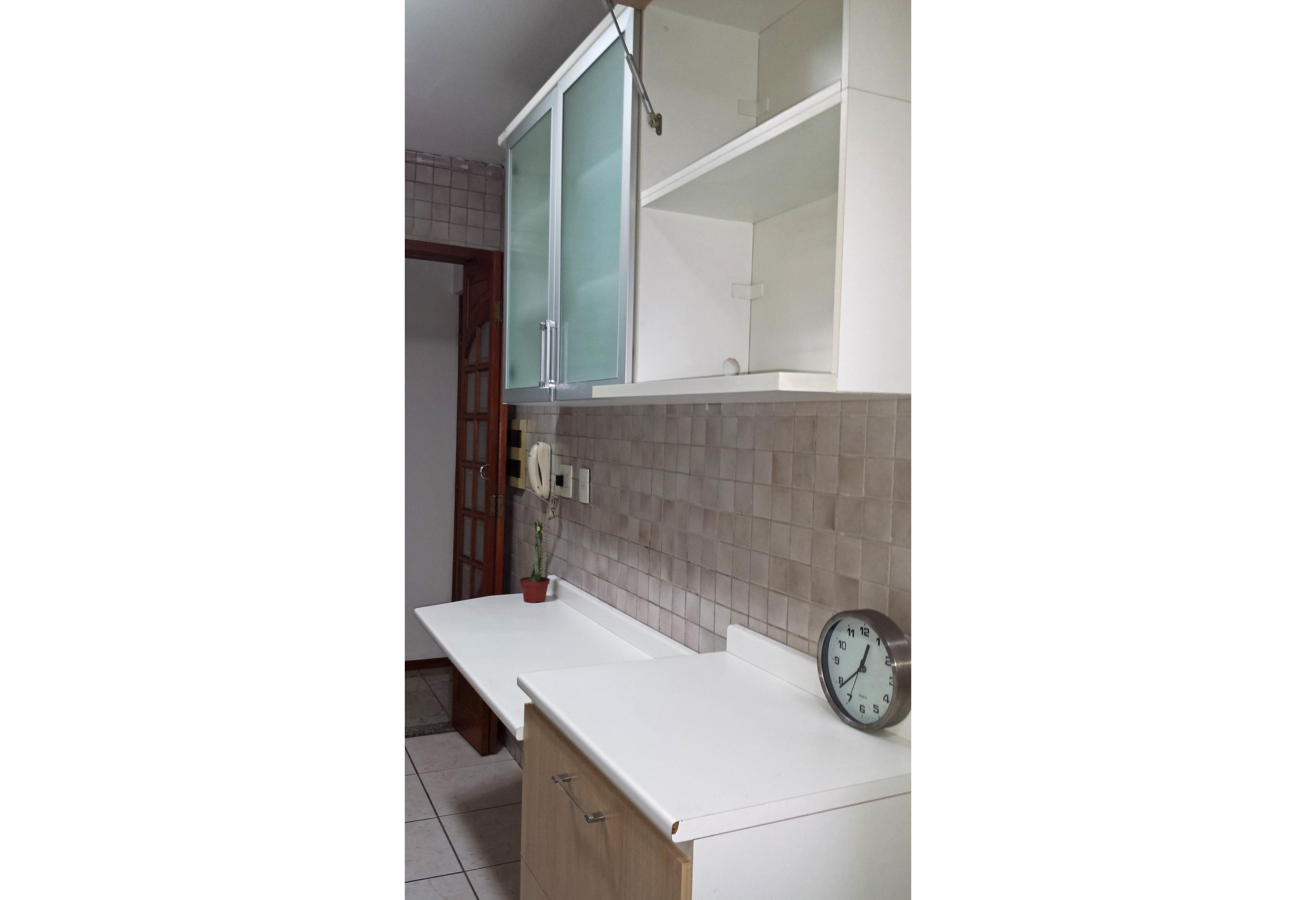 Sacomã, Apartamento Padrão-COZINHA COM PISO DE CERÂMICA E ARMÁRIOS PLANEJADOS