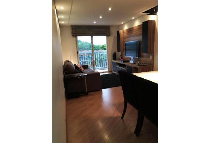 Jabaquara, Apartamento Padrão - Sala em L com dois ambientes, piso laminado, teto de gesso rebaixado, iluminação embutida e acesso à varanda
