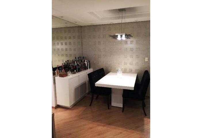 Jabaquara, Apartamento Padrão-Sala em L com dois ambientes, piso laminado, teto de gesso rebaixado, iluminação embutida e acesso à varanda