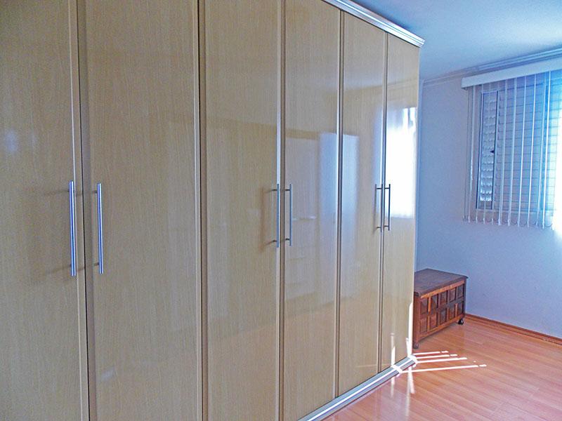 Jabaquara, Apartamento Padrão-3º Quarto com piso laminado e teto com moldura de gesso.