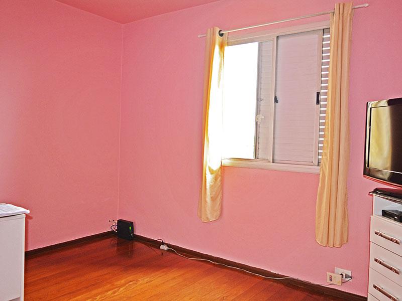 Jabaquara, Apartamento Padrão-3º Quarto com piso de carpete de madeira.