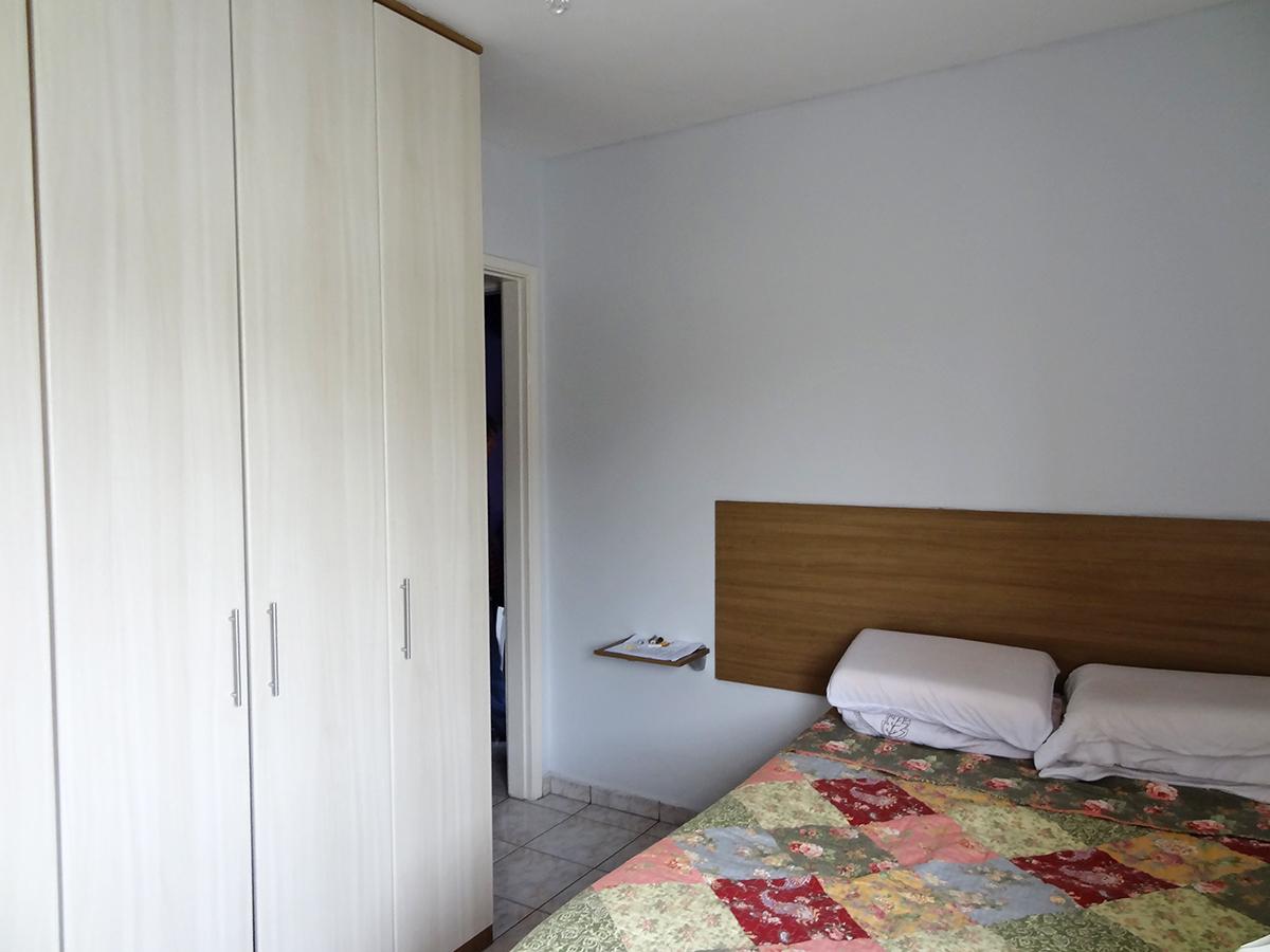 Ipiranga, Apartamento Padrão-SUÍTE COM PISO DE CERÂMICA E ARMÁRIOS PLANEJADOS.
