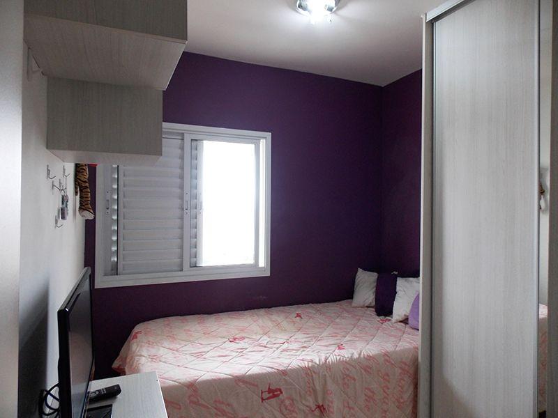 Sacomã, Apartamento Padrão-Segundo e terceiro dormitório com piso laminado e armários planejados.