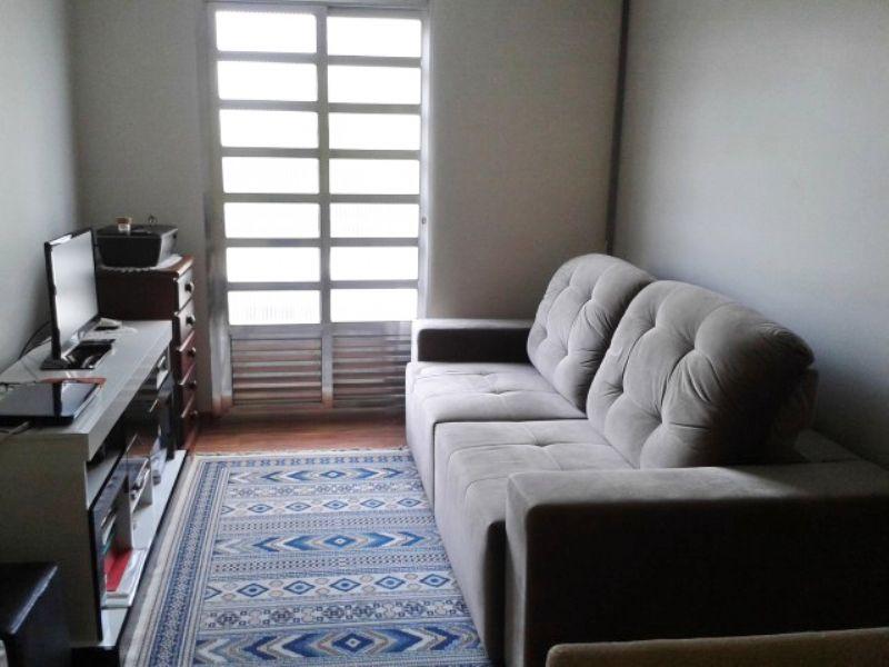 Ipiranga, Apartamento Padrão - Sala retangular com dois ambientes, piso laminado e teto de gesso rebaixado com iluminação embutida.