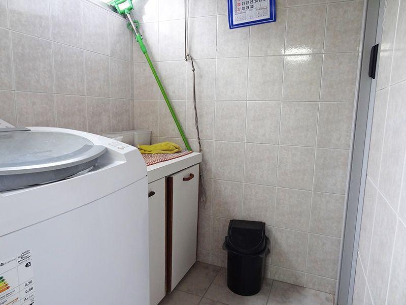 Ipiranga, Apartamento Padrão-Dependência de empregada foi transformada em área de serviço.