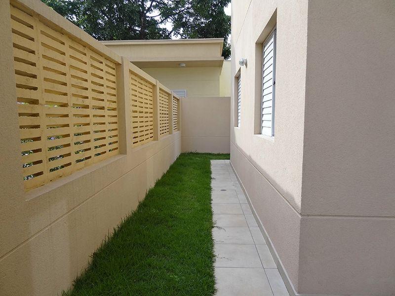 Sacomã, Apartamento Garden-Terraço com piso de cerâmica e área gramada.