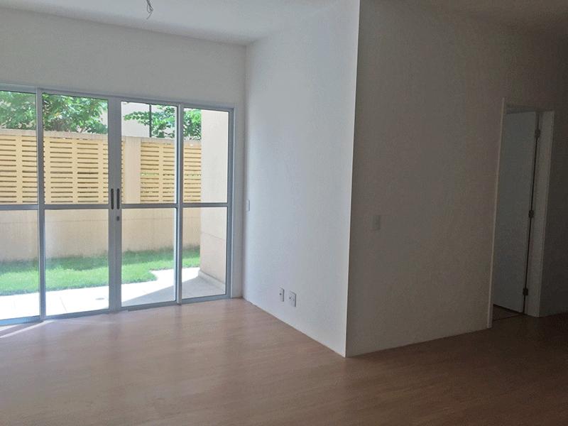 Sacomã, Apartamento Garden-Sala com dois ambientes e piso laminado.