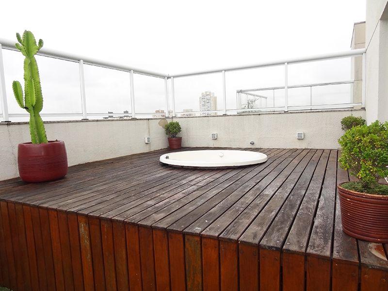 Ipiranga, Cobertura Duplex-Terraço com gramado sintético, banheira de hidromassagem, churrasqueira.