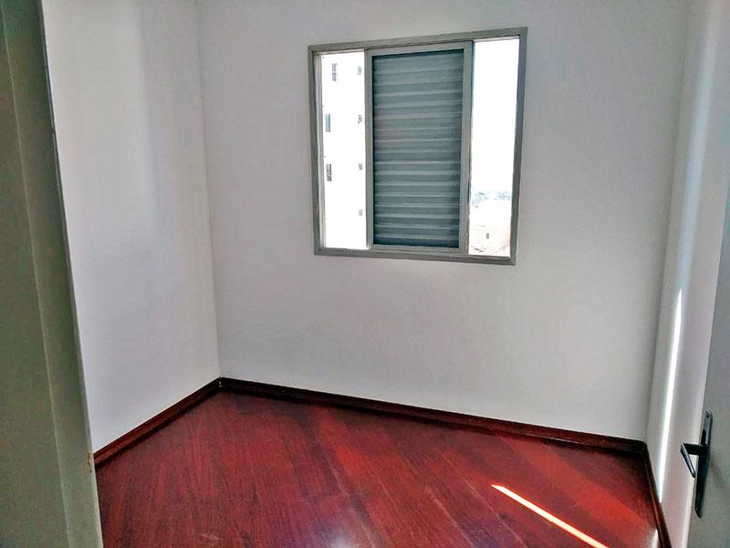 Jabaquara, Apartamento Padrão-2º Quarto com piso de carpete de madeira.