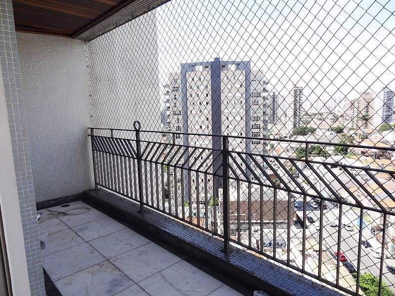 Ipiranga, Cobertura Duplex-Sacada com piso de mármore e tela de proteção.
