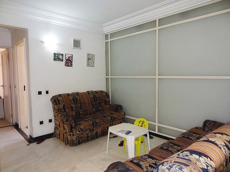 Ipiranga, Cobertura Duplex-Sala com piso de mármore.