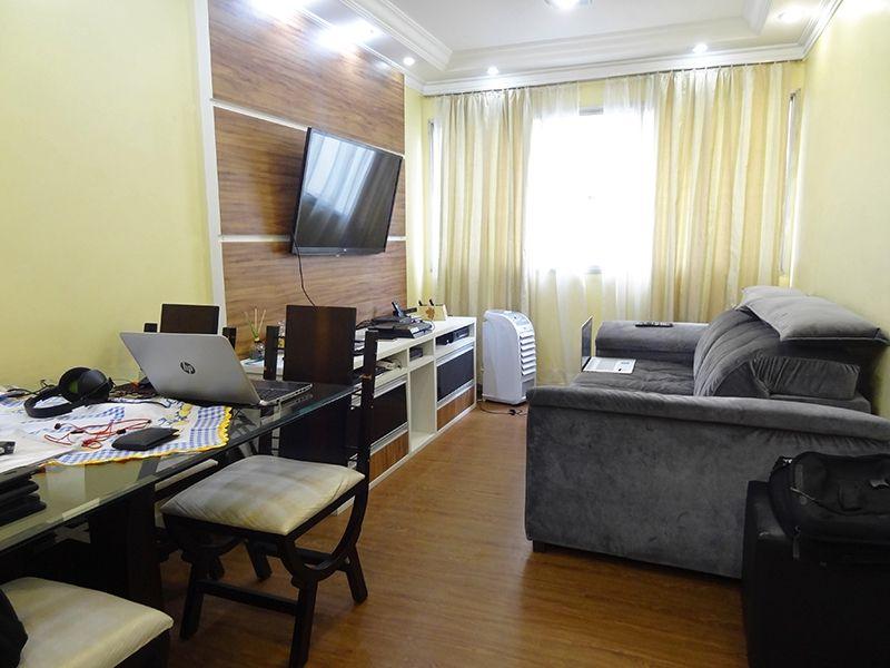 Jabaquara, Apartamento Padrão - Sala com piso laminado e teto com sanca de gesso com iluminação embutida