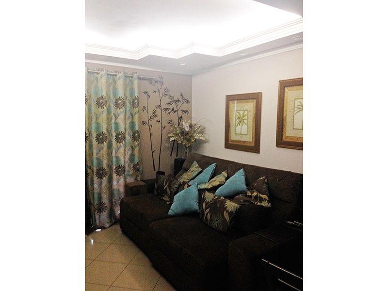 Sacomã, Apartamento Padrão - Sala retangular com piso em porcelanato, teto com sanca de gesso, iluminação embutida e acesso a varanda.