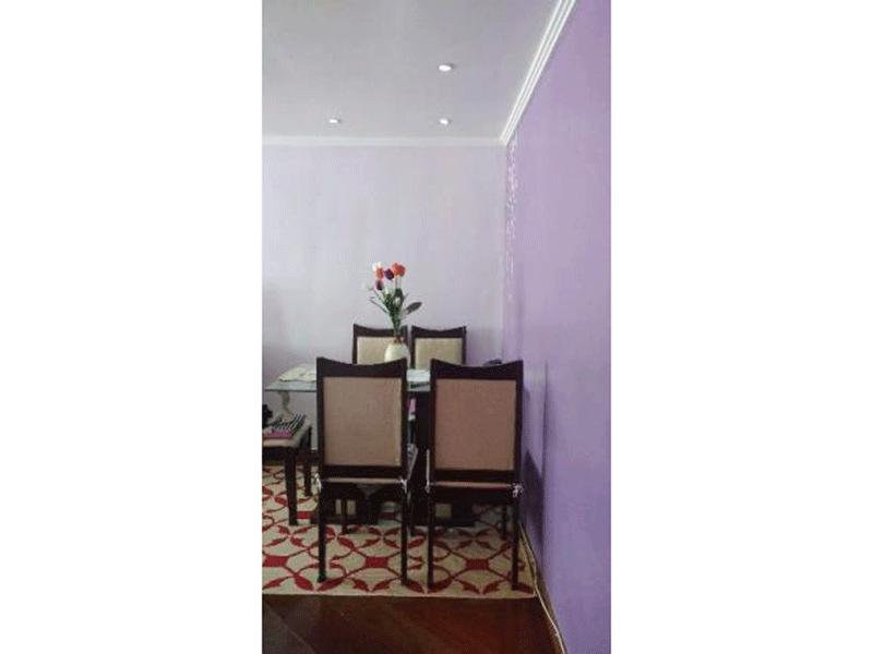 Jabaquara, Apartamento Padrão-Sala em L com piso de madeira, teto com moldura de gesso e iluminação embutida.