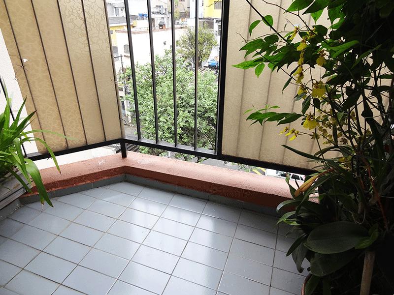 Sacomã, Apartamento Padrão-Varanda com piso de cerâmica.