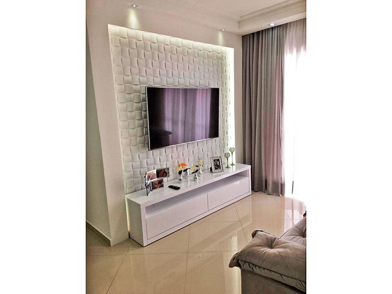 Sacomã, Apartamento Padrão-Sala em L com piso de porcelanato, teto com sanca de gesso, iluminação embutida e acesso à sacada.
