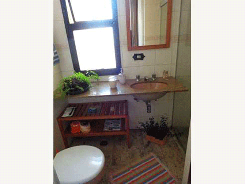 Ipiranga, Apartamento Padrão-Lavabo com piso de granito, pia de granito.