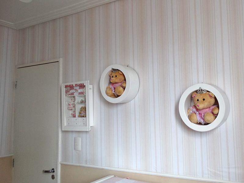 Sacomã, Apartamento Padrão-Primeiro e segundo dormitório com piso de porcelanato, teto com moldura de gesso e armários planejados.