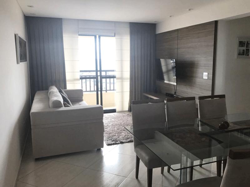 Sacomã, Apartamento Padrão - Sala retangular com piso de porcelanato, teto rebaixado com sanca, iluminação embutida e acesso à varanda.