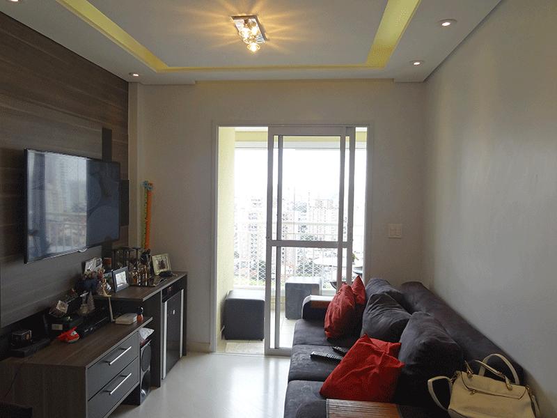 Sacomã, Apartamento Padrão-Sala em L com piso laminado, teto com rebaixado sanca de gesso, iluminação embutida e acesso à varanda gourmet.