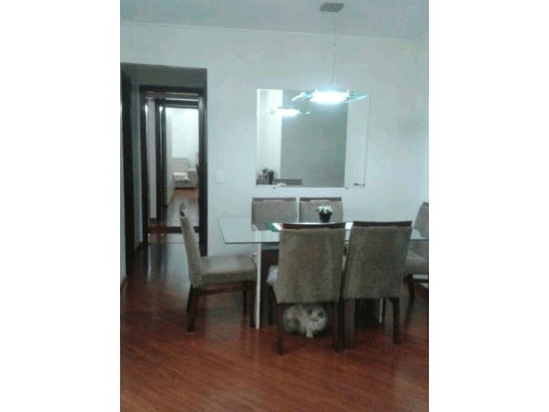 Ipiranga, Apartamento Padrão-Sala em L com piso laminado, teto com moldura de gesso, iluminação embutida e acesso para à sacada.